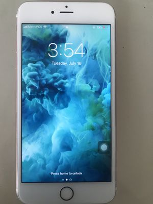 iPhone 6s Plus ( perfect condition). With cases for Sale in Wichita, KS