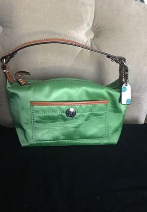 COACH LIME GREEN SATEEN & TAN LEATHER SMALL PURSE for Sale in Winter Springs, FL