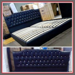 King size platform bed frame for Sale in Glendale, AZ