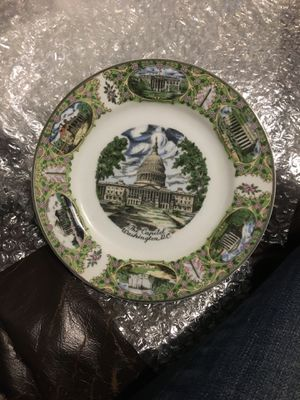 Collectible plate for Sale in Dallas, TX
