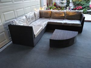 Outdoor patio wicker couch for Sale in Chatsworth, CA