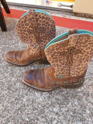 Kids boots size 2 for Sale in Mansfield, TX