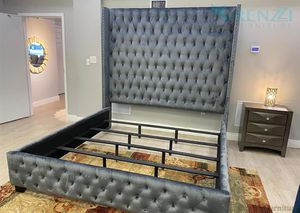 /-\ / /King Bed\ $1099 / /Financing Available\ for Sale in Doral, FL