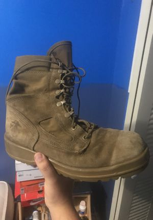 Marine Corps All Weather Boots Used But still in good shape. For HIKING CAMPING WORKING. Will last through anything. Size 10 for Sale in Miami, FL