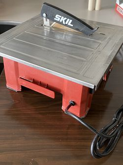 Skil 7in Wet Tile Saw for Sale in North Las Vegas,  NV