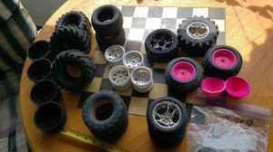 Lots of rc tires and wheels. Lot for Sale in East Wenatchee, WA