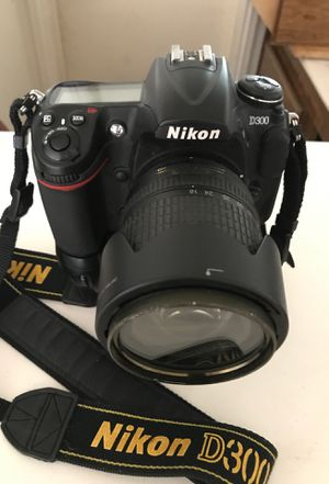 NIKON D300 for Sale in San Diego, CA