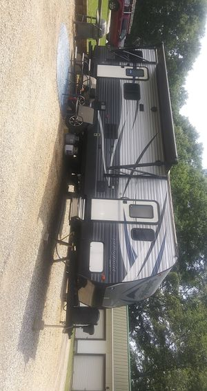 Fairly new 2019 Springdale camper for sale for Sale in Lyman, SC