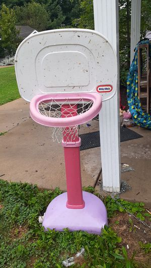 Little tikes basketball hoop for Sale in Kent, OH
