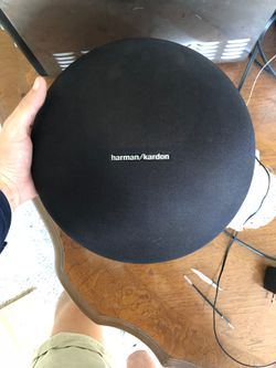 hartman/kardon onyx 4 bluetooth wireless speaker for Sale in Fort Myers,  FL