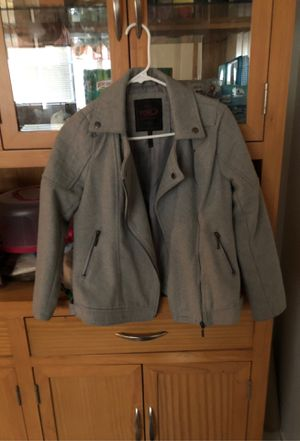 Girls winter coat large 12-14 for Sale in Lithia Springs, GA