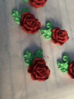 Rose dresser knobs (refurnished) for Sale in Bethel,  CT
