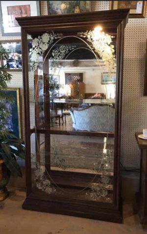 Cherry Light-Up Display / Curio Hutch w Glass Shelves & Etched Glass for Sale in Jim Thorpe, PA