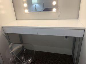 Vanity Desk for Sale in Mercer Island, WA