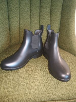 Ladies Rain Boots (NEW) for Sale in Milwaukee, WI