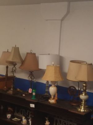 All kinds of lamps some shades for Sale in Cleveland, OH