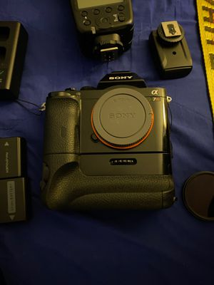 Sony a7r for Sale in Waterbury, CT