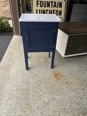 ANTIQUE 1940 1950 PORCELAIN ENAMEL BAKERS TABLE CABINET for Sale in Ontarioville, IL