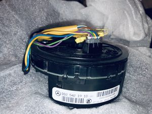Mercedes Benz steering angle sensor with Clock spring for Sale in Las Vegas, NV