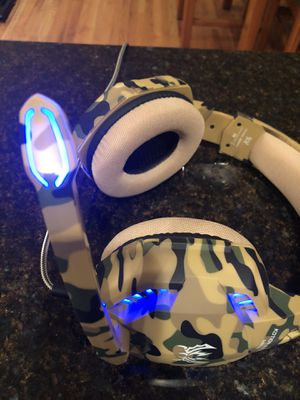 Gaming headset for Sale in New Fairfield, CT