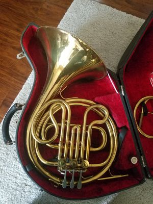 King Cleveland Single French Horn for Sale in Tampa, FL