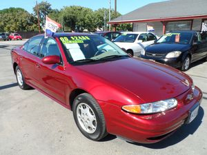 CLEAN!! ONE OWNER!! 00 OLDSMOBILE ALERO for Sale in Brentwood, CA