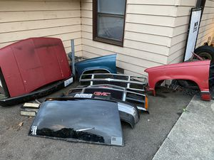 $100 for everything 1989-1998 Chevy ck1500 parts for Sale in Woodway, WA