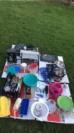 Full kitchen set! for Sale in Reedley, CA