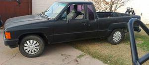 1986 toyota pickup xtracab 2wd parts truck for Sale in San Bernardino, CA