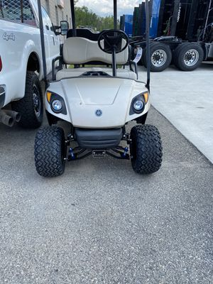 2016 Yamaha Golf Cart w/Upgrades for Sale in Green Bay, WI