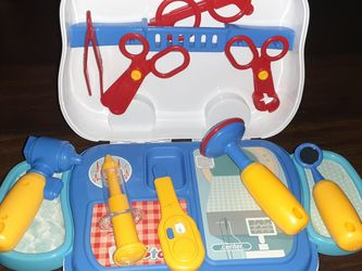 Doctor Kit For Kids for Sale in Inglewood,  CA