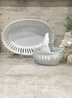 French Country Farmhouse White Bowl and Basket by I. Godinger NEW, 2-Piece Set for Sale in Miami, FL