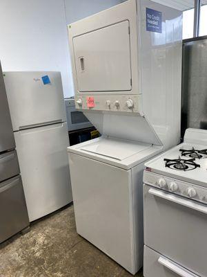 GE Washer and Dryer Stack Set for Sale in Burlington, NJ