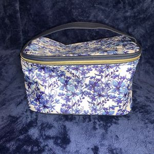 Makeup bags with makeup brushes for Sale in San Bernardino, CA