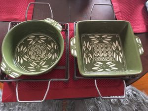 Four piece stone ware bakeware set with 2 wire cooling racks for Sale in Washington, DC