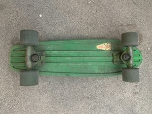 Green Globe/Cruiser/penny board for Sale in Glendale, CA