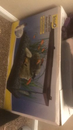 10 gallon tetrafin fish tank for Sale in Indianapolis,  IN