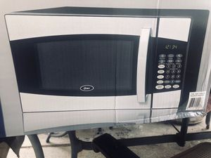Oster Microwave for Sale in Huntington Beach, CA