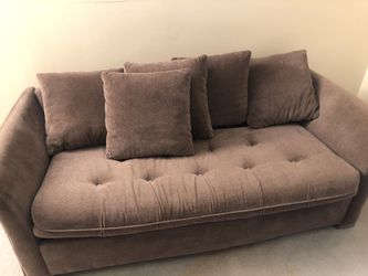 Couch for Sale in Blacklick,  OH