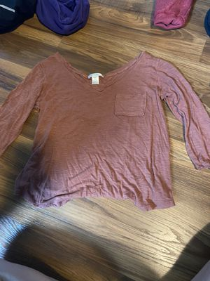 Bozzolo shirt size small in women's for Sale in Ishpeming, MI