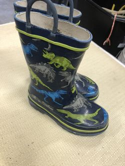 Kids Rain Boots Size 9 for Sale in Puyallup,  WA