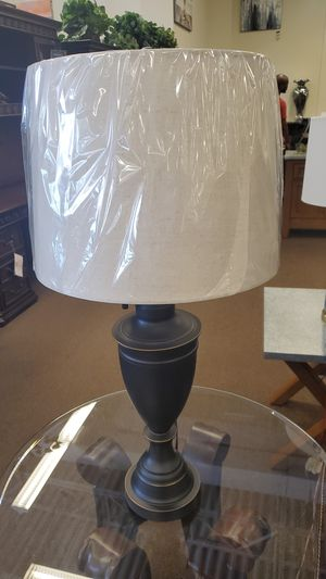 Two piece lamp set for Sale in Victoria, TX