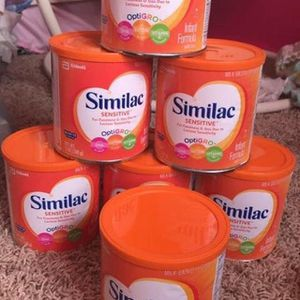 10 cans of similac sensitive for Sale in Las Vegas, NV