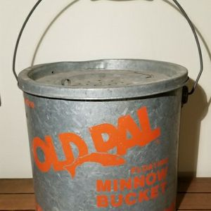 """Vintage """"OLD PAL"""" Minnow Bucket for Sale in Plainfield, IN"""