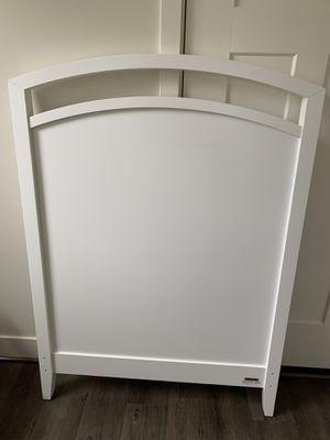 Crate & Barrel twin bed headboard for Sale in Mountlake Terrace, WA
