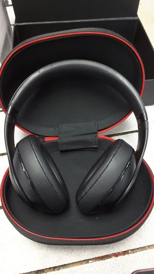 Beats 2 wireless for Sale in Casselberry, FL