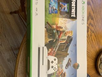 Minecraft Xbox One S with boxing for Sale in Chino,  CA