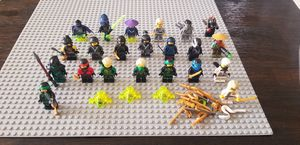 Lego Ninjago lot of 22 minifigures for Sale in Montebello, CA