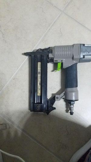 18 ga NAIL GUN for Sale in Fort Myers, FL