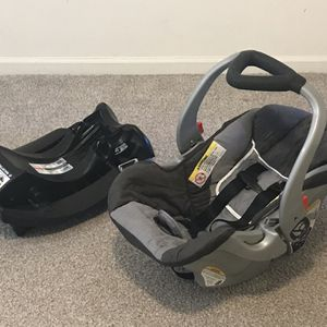Baby Trend Car Seat for Sale in Auburn Hills, MI